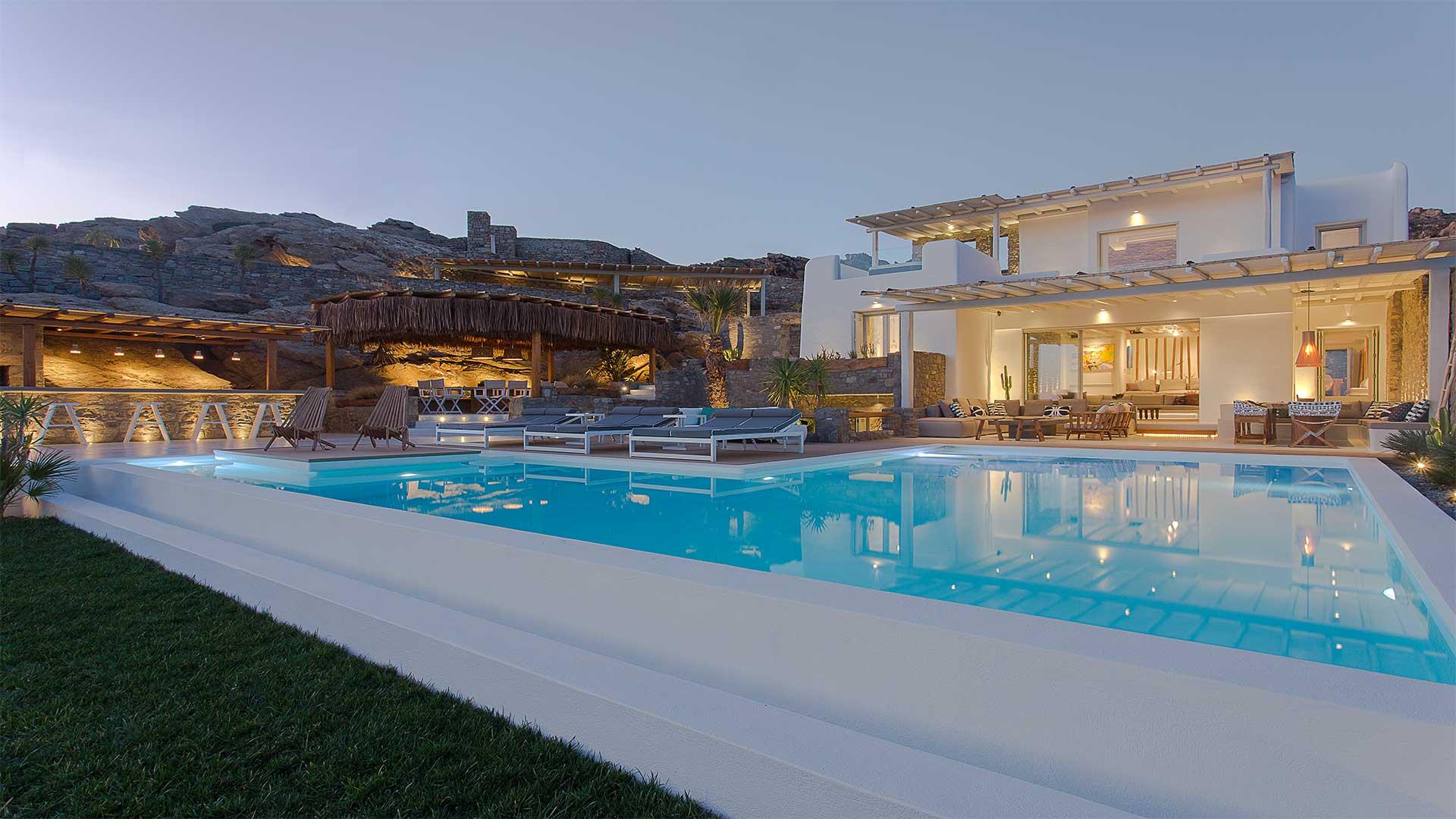 Villa Brownstone
